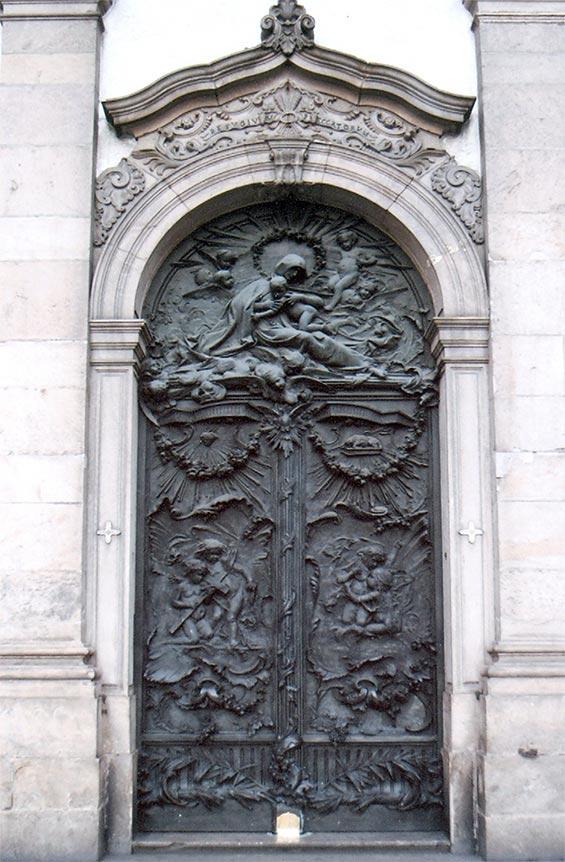 porta-de-bronze-principal-b